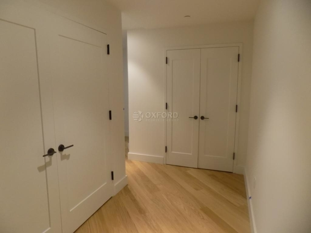 2 Bedrooms, Financial District Rental in NYC for $4,710 - Photo 2