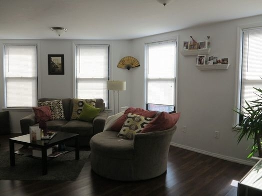 1 Bedroom, East Williamsburg Rental in NYC for $2,000 - Photo 2