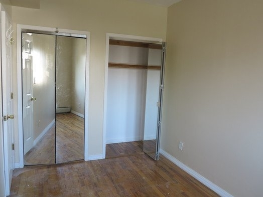 4 Bedrooms, Glendale Rental in NYC for $2,700 - Photo 2