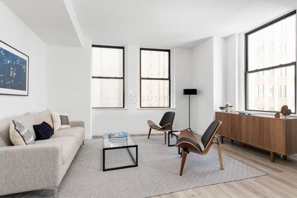 2 Bedrooms, Financial District Rental in NYC for $4,295 - Photo 2