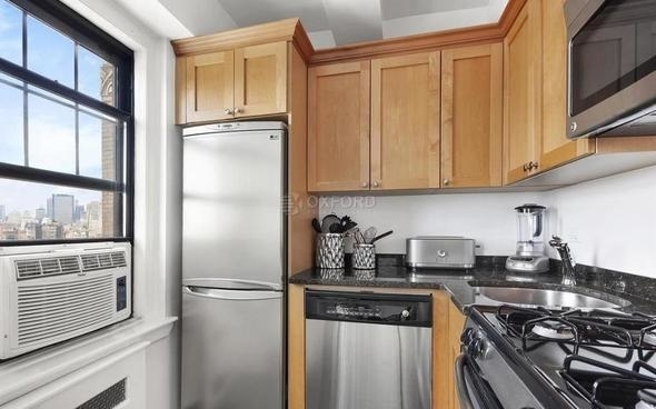 1 Bedroom, West Village Rental in NYC for $5,370 - Photo 2