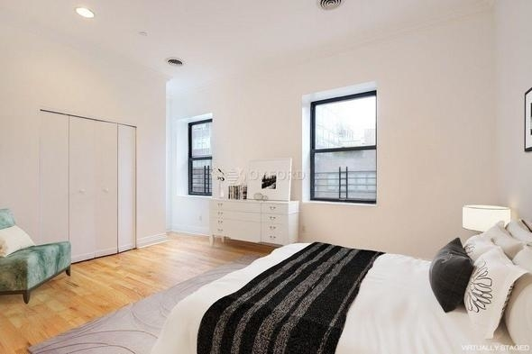 3 Bedrooms, Tribeca Rental in NYC for $6,220 - Photo 2
