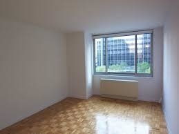 3 Bedrooms, Civic Center Rental in NYC for $5,821 - Photo 2