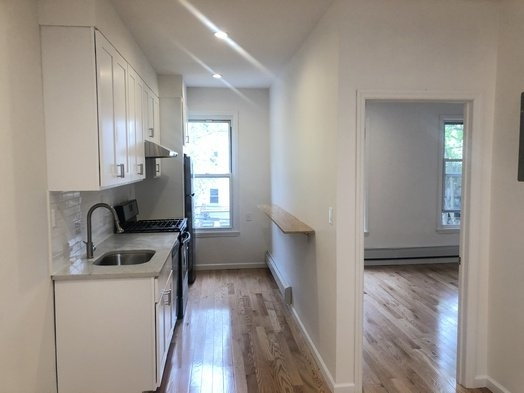 2 Bedrooms, Sunset Park Rental in NYC for $2,699 - Photo 1