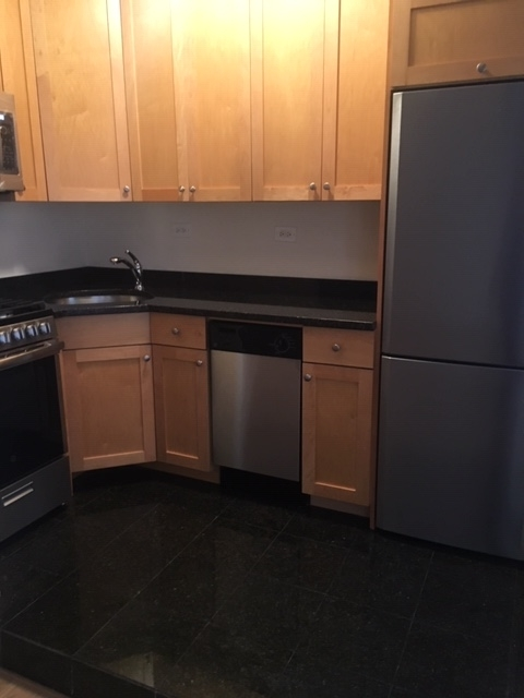Studio, Midtown East Rental in NYC for $2,800 - Photo 2