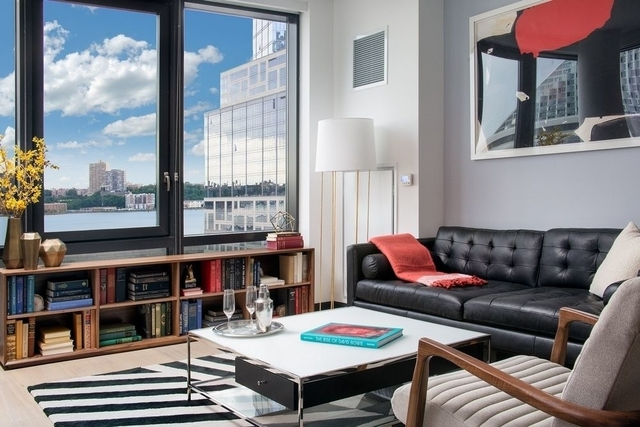 Studio, Lincoln Square Rental in NYC for $3,600 - Photo 2