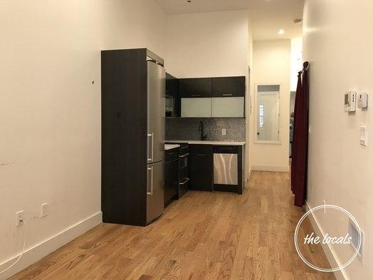 3 Bedrooms, Ridgewood Rental in NYC for $3,700 - Photo 2