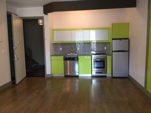3 Bedrooms, Bushwick Rental in NYC for $2,750 - Photo 2