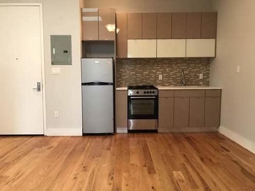 4 Bedrooms, Ridgewood Rental in NYC for $3,000 - Photo 1