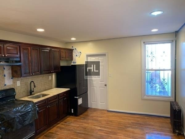 4 Bedrooms, East New York Rental in NYC for $3,200 - Photo 2