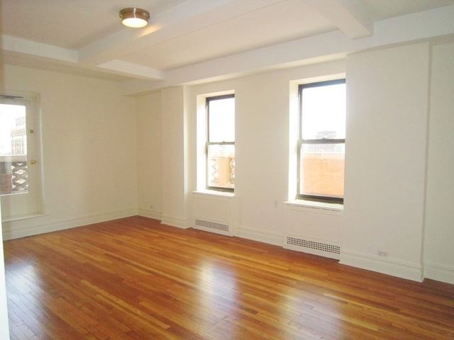 2 Bedrooms, Chelsea Rental in NYC for $6,760 - Photo 1