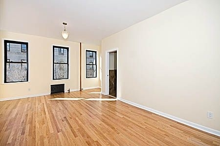 3 Bedrooms, Washington Heights Rental in NYC for $3,600 - Photo 2