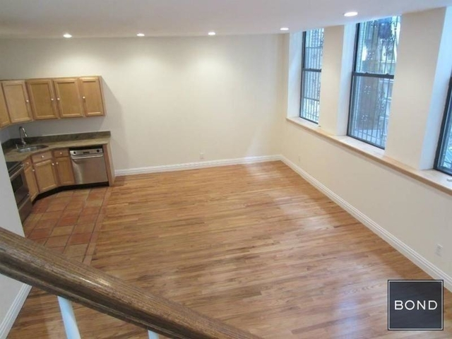 2 Bedrooms, East Village Rental in NYC for $7,600 - Photo 2