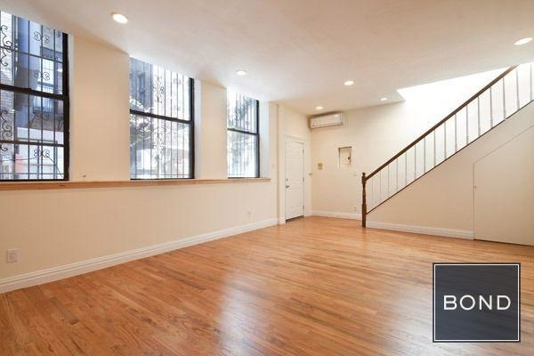 2 Bedrooms, East Village Rental in NYC for $7,600 - Photo 1
