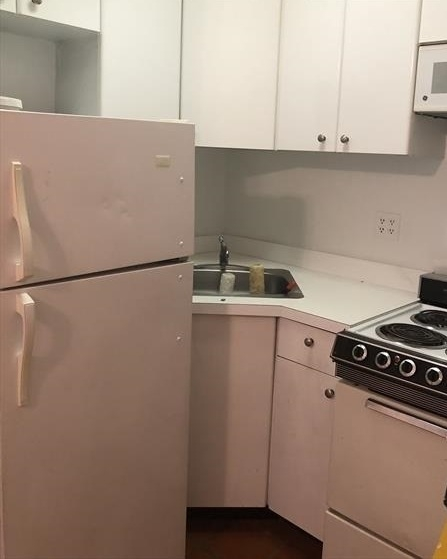 Studio, Theater District Rental in NYC for $2,240 - Photo 2