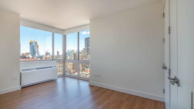 3 Bedrooms, Chelsea Rental in NYC for $6,670 - Photo 1