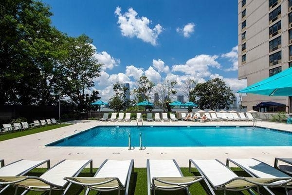1 Bedroom, Battery Park City Rental in NYC for $3,463 - Photo 2
