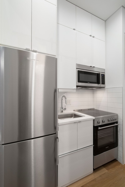 2 Bedrooms, SoHo Rental in NYC for $3,795 - Photo 2