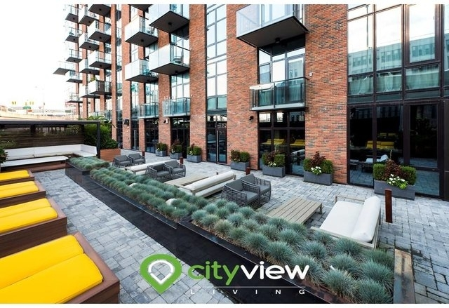 2 Bedrooms, Long Island City Rental in NYC for $4,046 - Photo 1