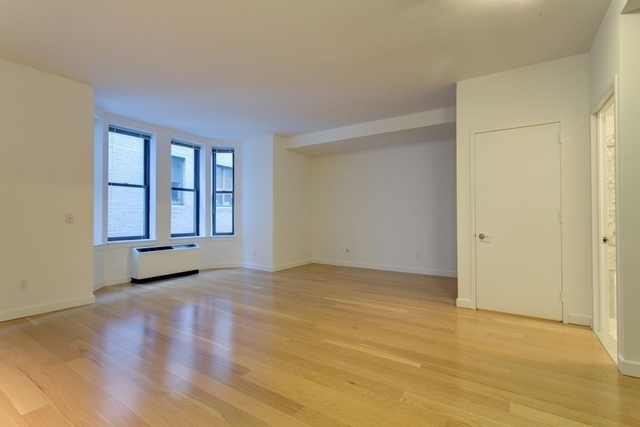 1 Bedroom, Financial District Rental in NYC for $3,325 - Photo 2