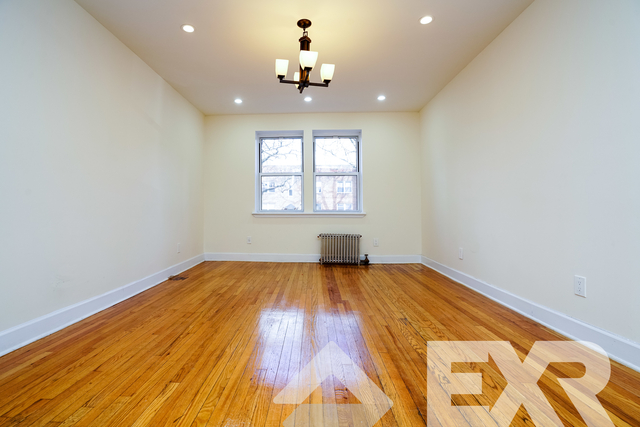 3 Bedrooms, Wingate Rental in NYC for $2,399 - Photo 2