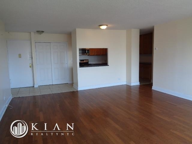 Room, East Harlem Rental in NYC for $1,100 - Photo 2
