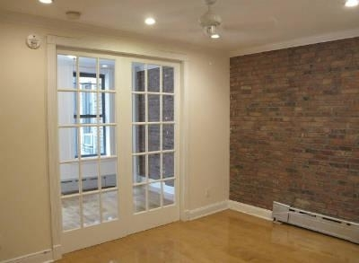 2 Bedrooms, West Village Rental in NYC for $4,396 - Photo 1