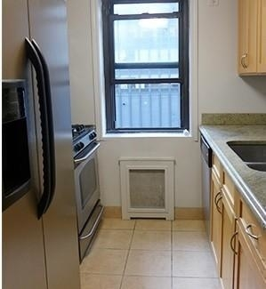 3 Bedrooms, Turtle Bay Rental in NYC for $5,900 - Photo 2
