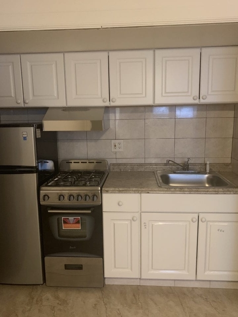 1 Bedroom, Steinway Rental in NYC for $1,595 - Photo 1