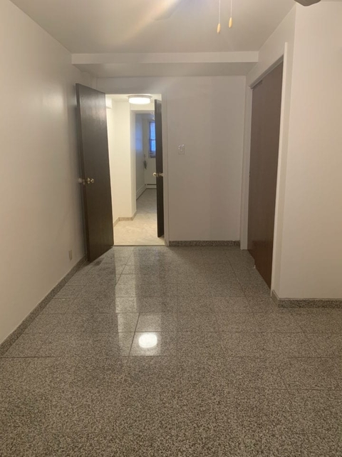 1 Bedroom, Steinway Rental in NYC for $1,595 - Photo 2