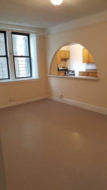 3 Bedrooms, Harding Park Rental in NYC for $2,200 - Photo 2
