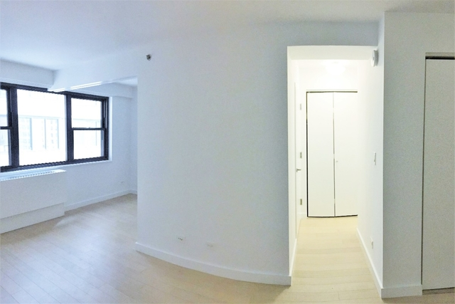 1 Bedroom, Murray Hill Rental in NYC for $3,207 - Photo 2