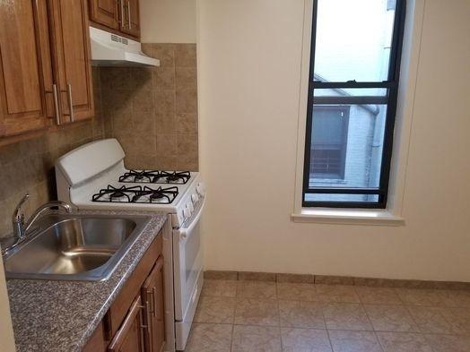1 Bedroom, Bensonhurst Rental in NYC for $1,550 - Photo 2