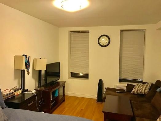 Studio, Yorkville Rental in NYC for $2,221 - Photo 2