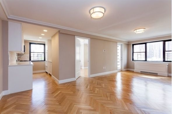 3 Bedrooms, Yorkville Rental in NYC for $6,489 - Photo 1