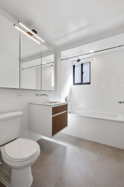 2 Bedrooms, Chelsea Rental in NYC for $6,999 - Photo 1