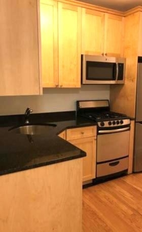 Studio, West Village Rental in NYC for $3,875 - Photo 2