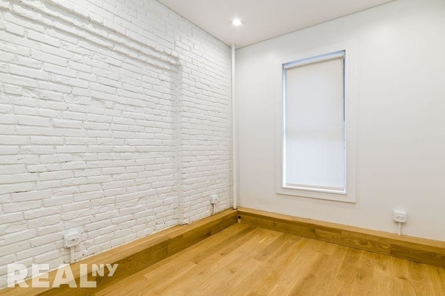 2 Bedrooms, Little Italy Rental in NYC for $3,733 - Photo 2
