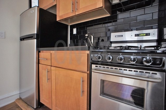 Studio, Hell's Kitchen Rental in NYC for $2,295 - Photo 2
