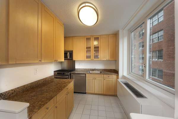 2 Bedrooms, Murray Hill Rental in NYC for $5,850 - Photo 2