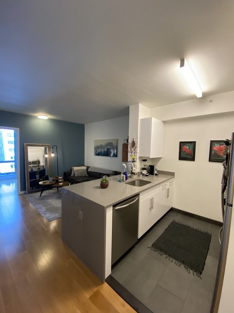 1 Bedroom, Hell's Kitchen Rental in NYC for $3,165 - Photo 1