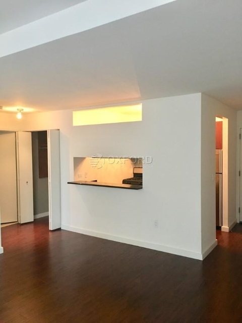 2 Bedrooms, Financial District Rental in NYC for $4,595 - Photo 2