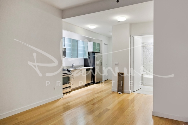 Studio, Financial District Rental in NYC for $2,975 - Photo 2