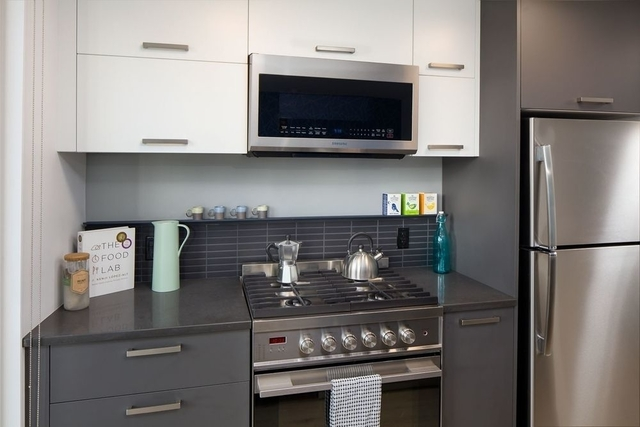 Studio, Williamsburg Rental in NYC for $2,631 - Photo 2