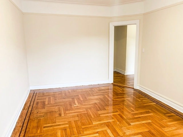 2 Bedrooms, Woodhaven Rental in NYC for $2,075 - Photo 2