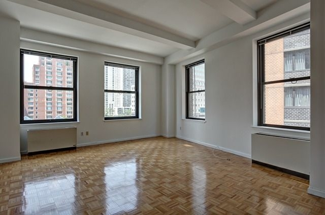 2 Bedrooms, Financial District Rental in NYC for $4,815 - Photo 1