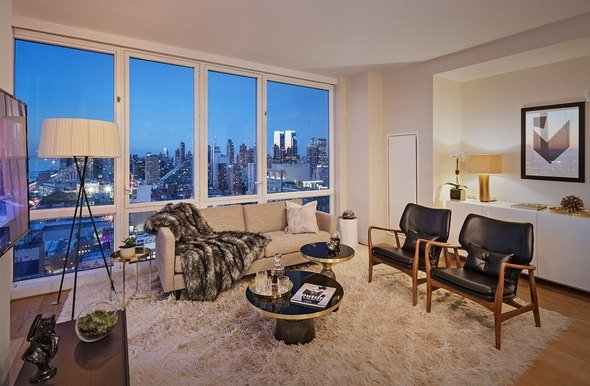 2 Bedrooms, Hell's Kitchen Rental in NYC for $6,171 - Photo 2