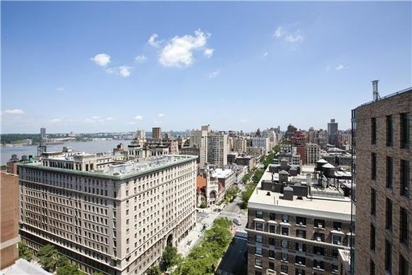 2 Bedrooms, Upper West Side Rental in NYC for $9,663 - Photo 2