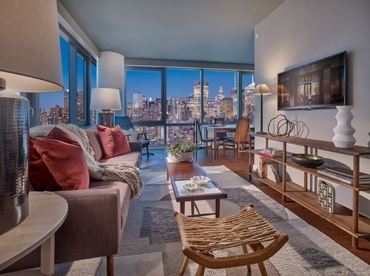 2 Bedrooms, Chelsea Rental in NYC for $6,546 - Photo 1