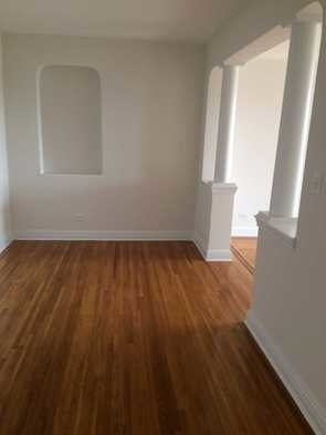 2 Bedrooms, Rego Park Rental in NYC for $3,200 - Photo 2